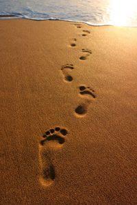 voetstappen in zand
